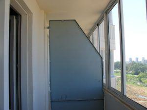 перегородка балконная