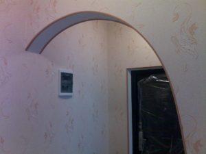 Оклейка арки обоями