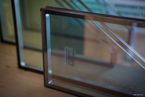 стекло для стен