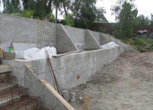бетон подпорка