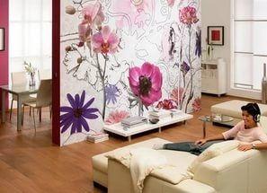 Яркие полотна помогут создать акцент на одной из стен в помещении.