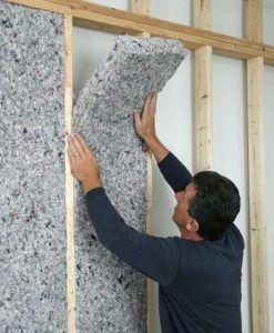 Звукоизоляция перегородок проводится при помощи специальных материалов.