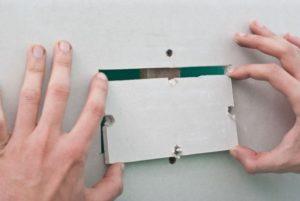 Пример заделывания дырки в стене