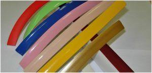 Пластиковые уголки можно приобрести любого оттенка цветовой гаммы