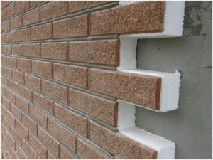 Декоративные панели – качественный и эффективный материал для утепления фасадов загородных домов.