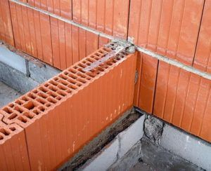 Использование керамического кирпича при строительстве