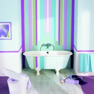 Веселый интерьер ванной комнаты.