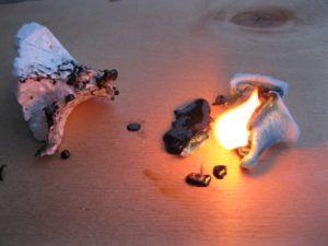 пенопласт горит