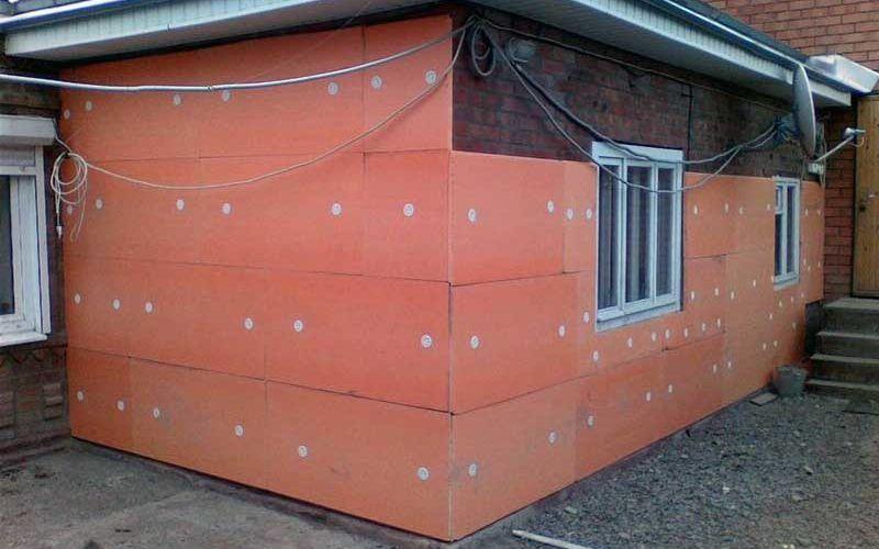 Крепление пеноплекса к стене