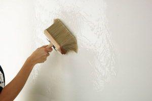 побелить стену