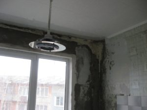 Промерзает стена в кирпичном доме что делать