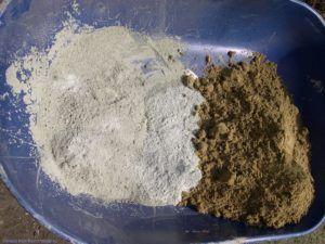 из гашеной извести и песка