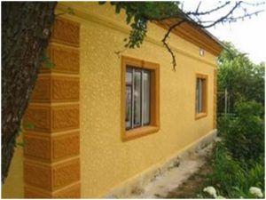 Оформление фасада кирпичного дома