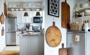 Использование деревянной утвари для оформления стены на кухне