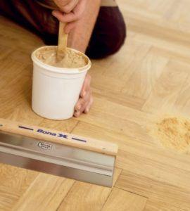 Шпаклевка для дерева часто используется с целью защиты основания.